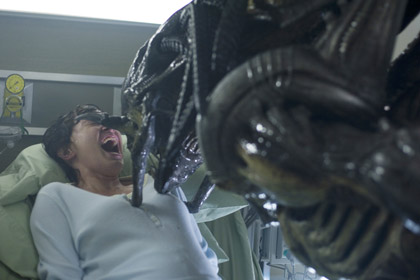 Alien Vs Predator Requiem images