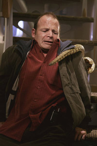 Rejoice! <b>Snakes on a Plane</b> trailer hits the web